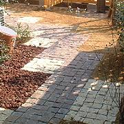 brick003.jpg